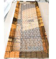 Vách ngăn cầu thang CNC mạ vàng