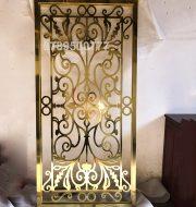Vách ngăn cầu thang inox mạ vàng